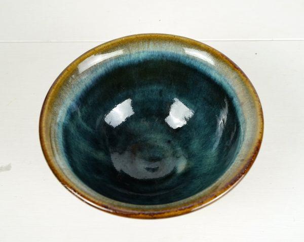 Tiiefe Keramikschale in Blau und Brauntönen für das gemütliche Zuhause im Boho Look