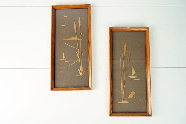 Schöne handgeschnittene Landschaftsbilder aus Bast im Holzrahmen mit Glas passend für das gemütliche Wohnzimmer im Ethno Boho Look.