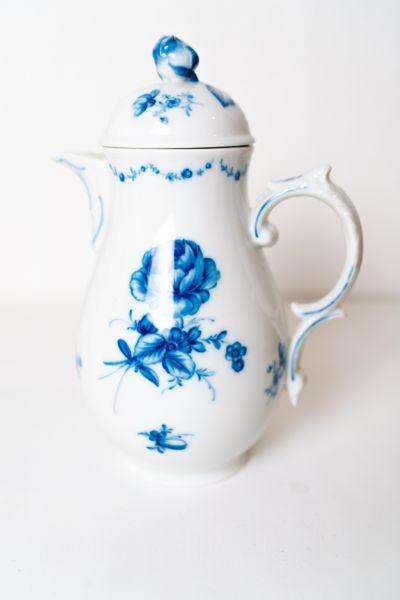 Teekanne von Lottine von Fürstenberg für deinen schön gedeckten Tisch im Vintage Stil