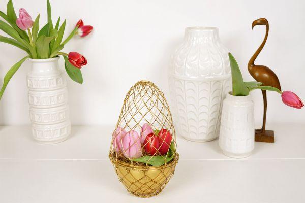 Metall Ei in Gold von Madam Stoltz als Deko für den Frühling & OStern