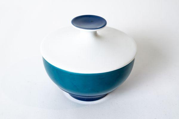 Zuckerdose von Thomas Geschirr in verschiedenen Blautönen als Schale für deinen schön gedeckten Tisch