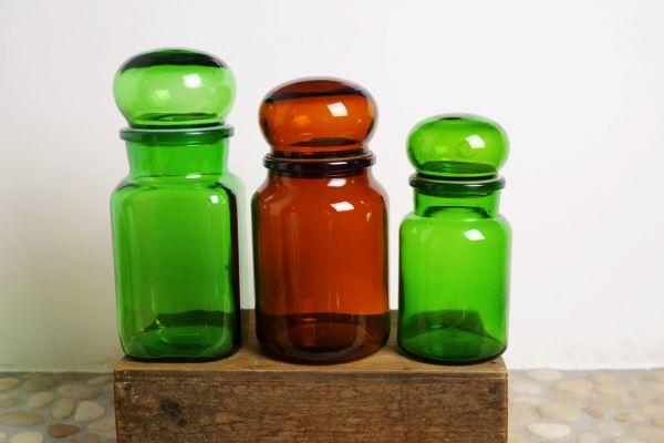 Vintage Apothekerglas in grün als Deko & Aufbewahrung für das Wohnen in Retro & Vintage