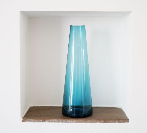 Vintage Glasvase in hellem Petrol aus den 60er Jahren