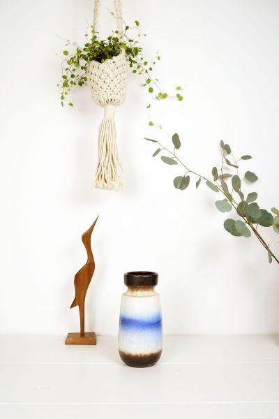 Hängeampel für Blumen aus Makramee als Deko für dein Zuhause im Boho Stil