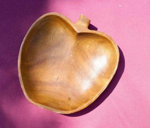 Vintage Teakholzschale in Apfelform als Deko, für Obst oder Brot in der Küche