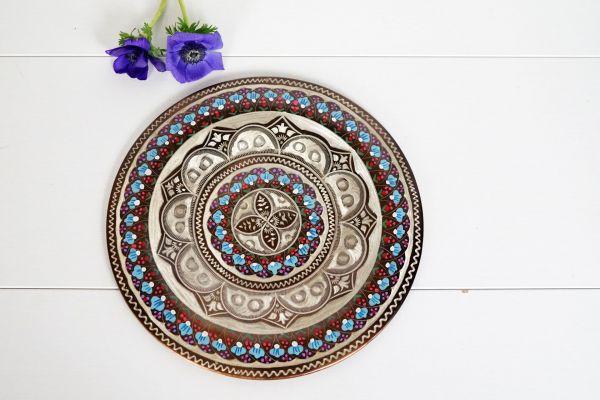 Kupferteller mit orientalischen Verzierungen als Deko für dein gemütliches Zuhause
