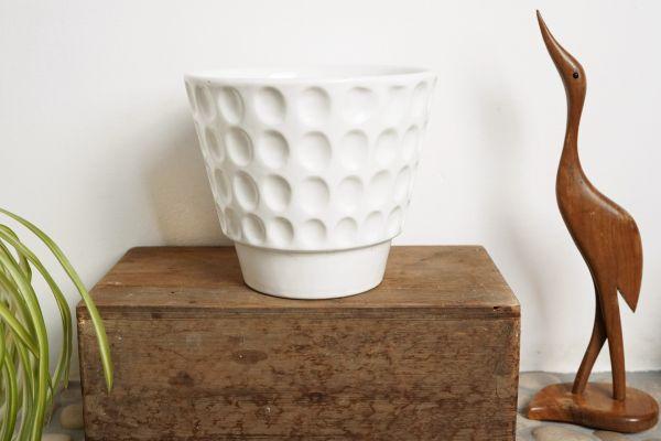 Übertopf Pflanztopf in Weiß als Deko für White Living im Vintage Stil