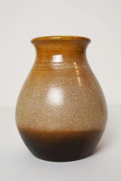 Vintage Vase in erdigen Farben als Deko für dein gemütliches Zuhause im Vintage Stil