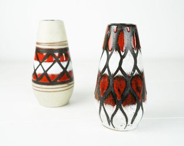 Fat Lava Ethno Vase mit rot-weißem Wabenmuster
