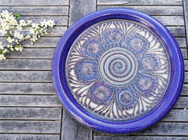 Vintage Wandteller aus Keramik für das gemütliche Wohnzimmer im Ethno Boho Style