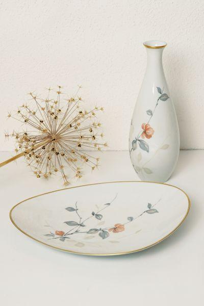 Set KPM Krister Vase & Servierplatte mit Goldrand für deinen schön gedeckten Tisch im Vintage Stil