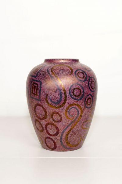 Vase lila mit Kreisen