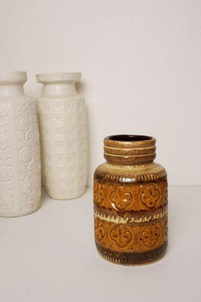 VIntage Vase in ocker senfgelb als Deko für dein gemütliches Zuhause im Vintage Stil