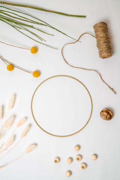 Dekoring aus Metall in gold als Deko für dein Zuhause im Boho Ethno Stil
