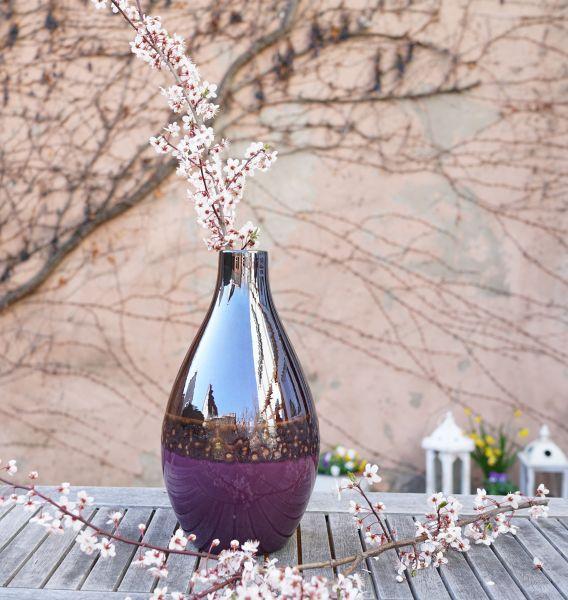 Aubergine glänzende Vase