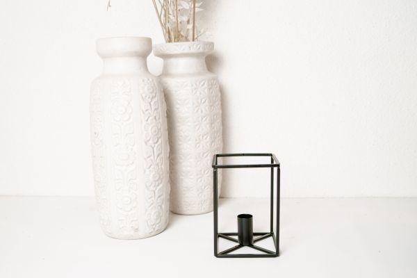 Kerzenleuchter Metall Kubus in Schwarz als Deko von Hübsch Interior für dein Zuhause im Skandi Stil