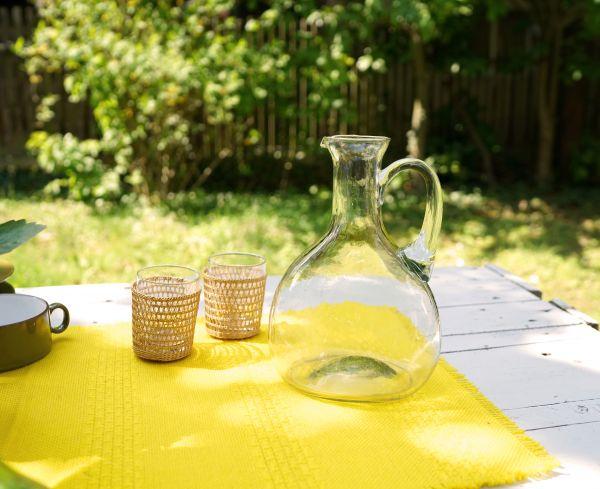 Flacher, bauchiger, handgefertigter Vintage Glaskrug
