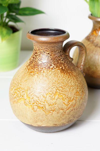 Tolle vintage Vase mit Henkel als Deko für dein gemütliches Zuhause