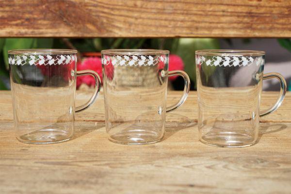 Vintage Teegläser mit Henkel und hübschem Rand für deinen schön gedeckten TIsch