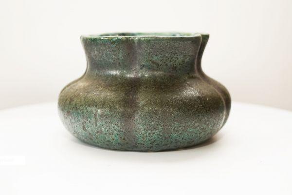 Übertopf Seerose aus Keramik