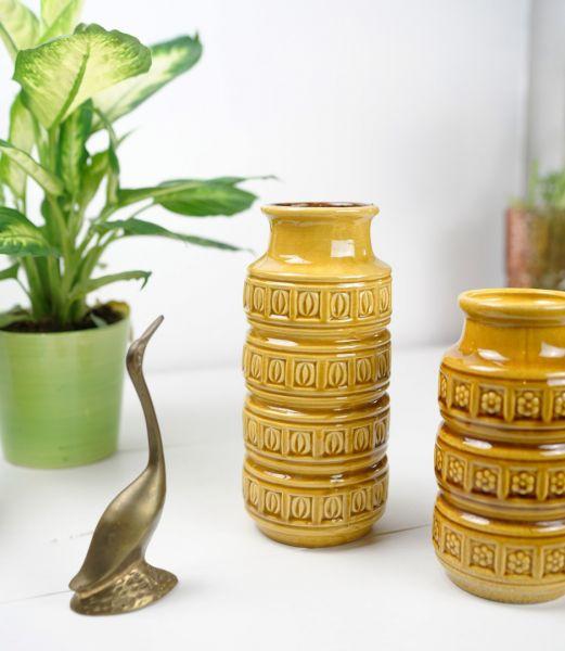 Dekorative 60er Jahre vintage Vase aus Keramik in Ockergelb der FIrma Scheurich