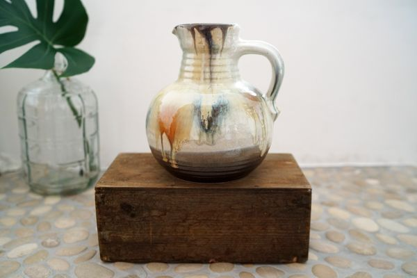 Vintage Vase Batik
