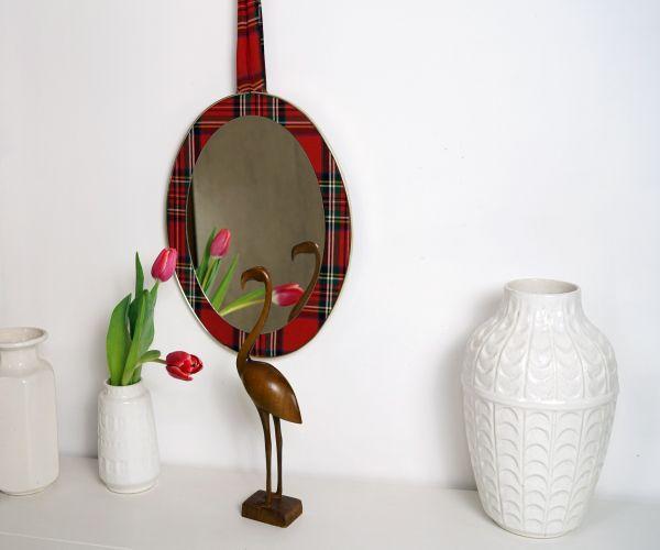 Vintagespiegel im Karodesign