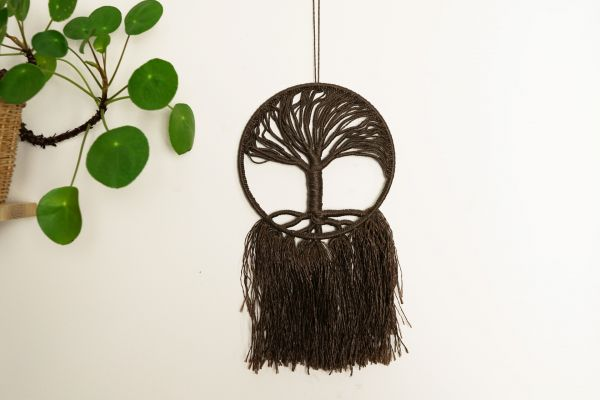 Wanddeko Lebensbaum aus Makramee geknüpft als Deko im Boho Stil
